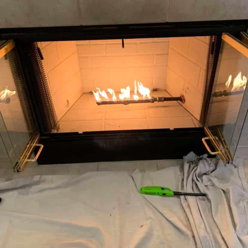 Gas Log Lighter in a Firebox