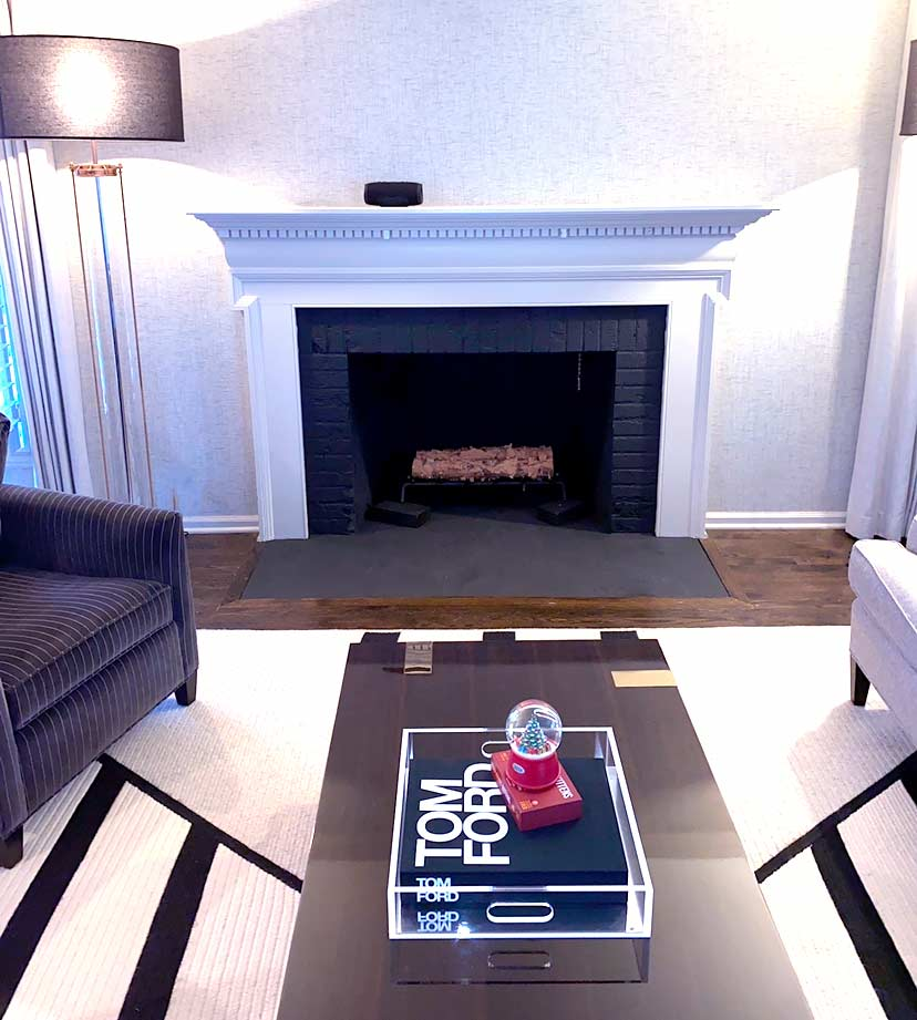 Simple Black and White Fireplace Design