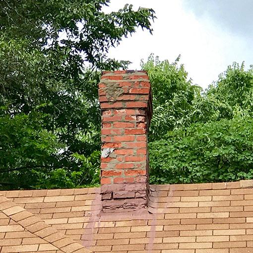 Spring Hill KS Damaged Chimney