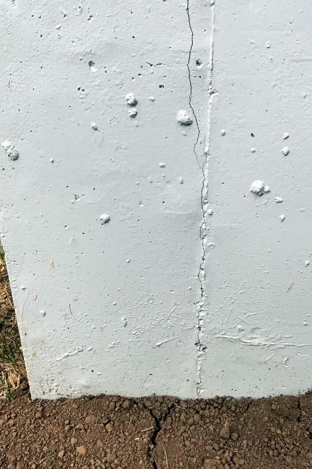 home foundation cracked under chimney